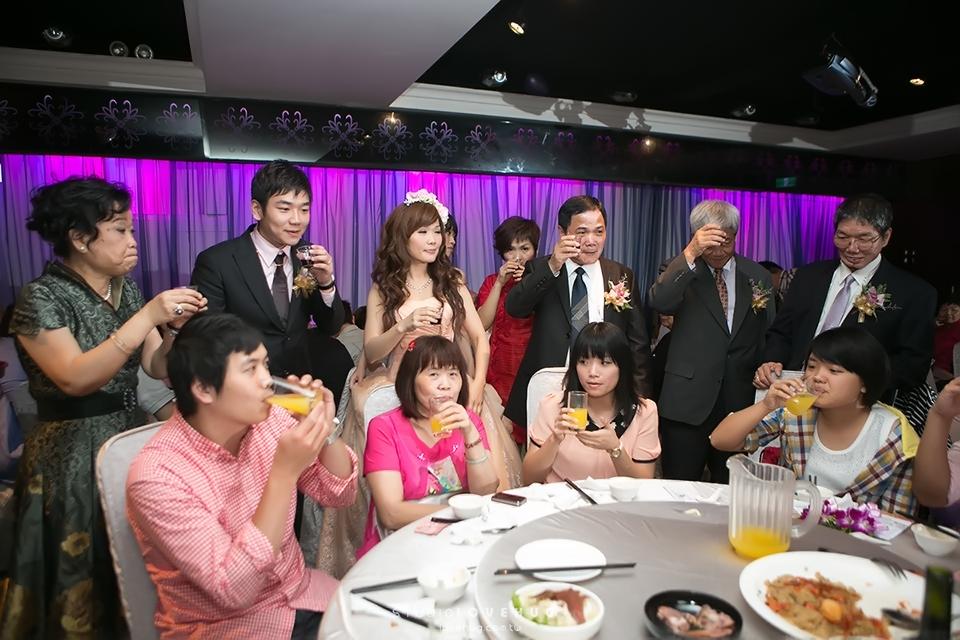 [婚禮攝影] 鳳森+凱琳 結婚宴客@中和水漾會館(祥興樓):20130623_732.jpg