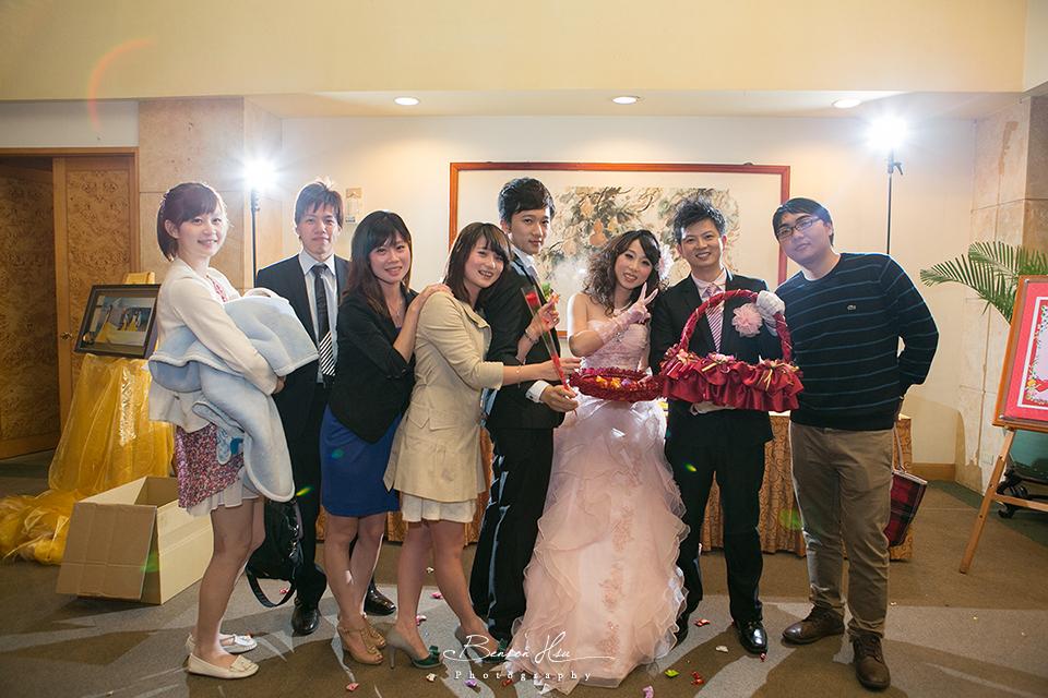 20121117 佳行+億珊 結婚喜宴:IMG_2277.jpg