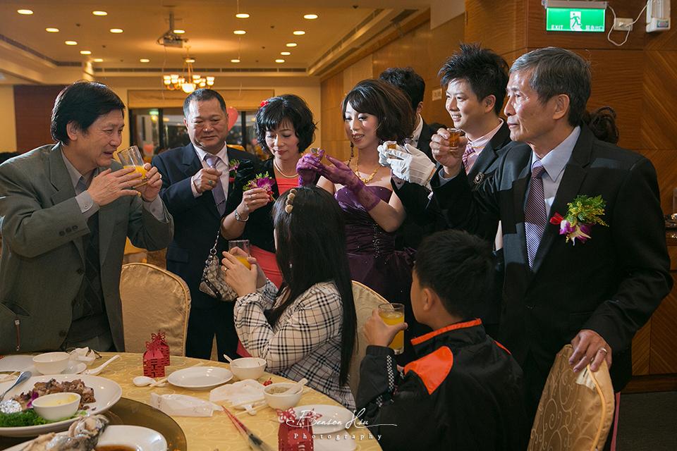 20121117 佳行+億珊 結婚喜宴:IMG_2108.jpg