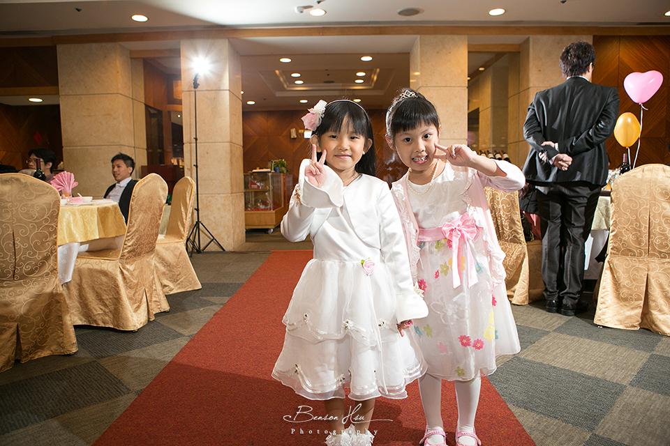 20121117 佳行+億珊 結婚喜宴:IMG_1737.jpg