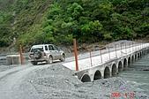 060423-七彩湖與卡社溪:在四叔帶領下,終於過便橋了