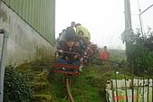 061111-南投梯子吊橋:出發囉~小朋友都很高興