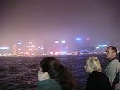 虹孔~俺來瞭!!:今天的維多利亞港很朦朧~