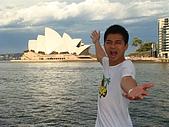 Monkey was in Sydney:DSC09971.JPG
