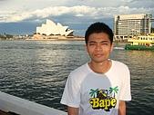 Monkey was in Sydney:DSC09975.JPG