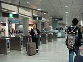 虹孔~俺來瞭!!:兩個人的行李~裝在一個行李箱真不賴!