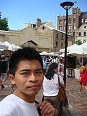 Monkey was in Sydney:DSC09911.JPG