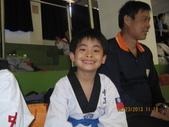 我子 跆拳道比賽,第一名ㄟ&..................可能要加六喔(哈哈哈) :IMG_2393.JPG