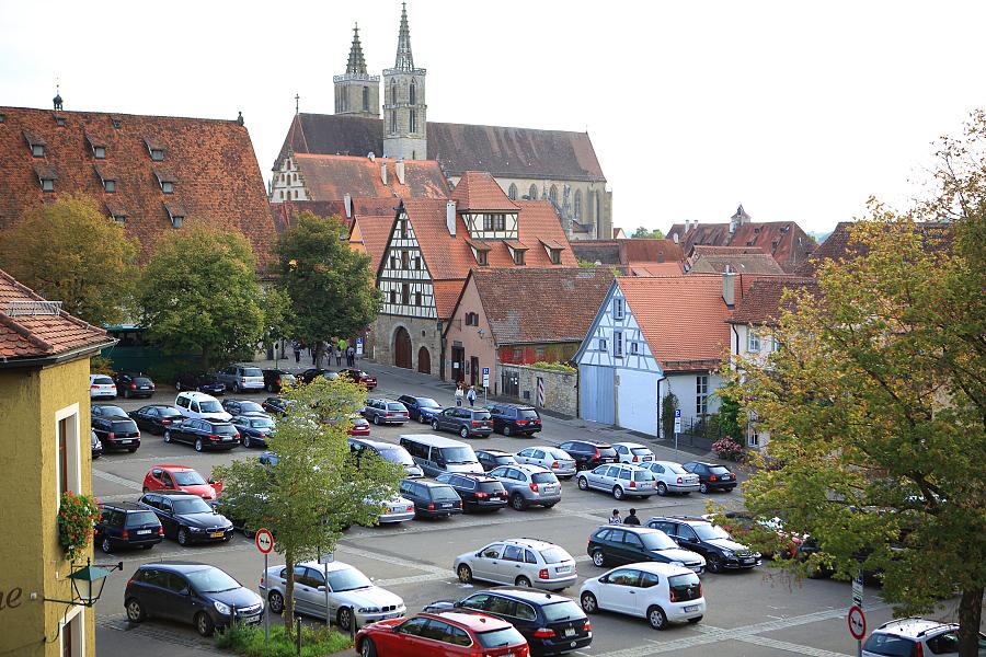 德國_羅登堡_沿城牆眺望:_5D39467_b.jpg