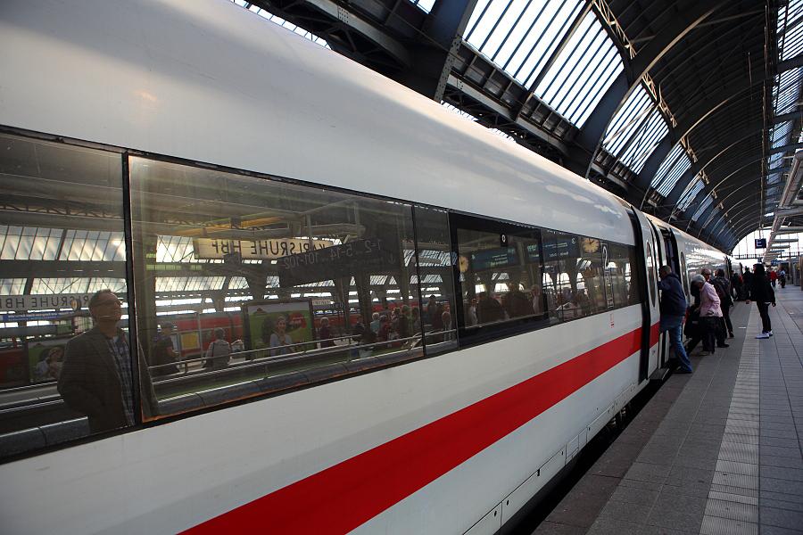 德國_福森_ice快速火車:55D31538_b.jpg