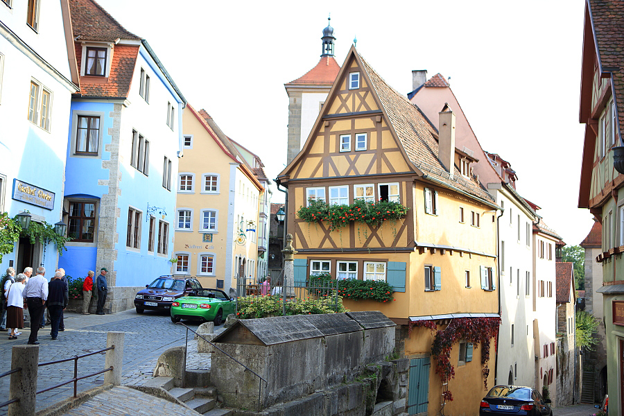 德國_羅登堡_沿城牆眺望:_5D39389_b.jpg
