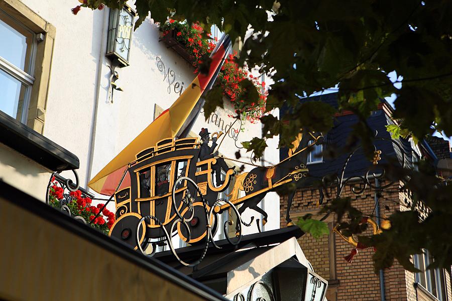 德國_萊茵河上的珍珠_蘆荻哈姆小鎮:_5D32055_b.jpg