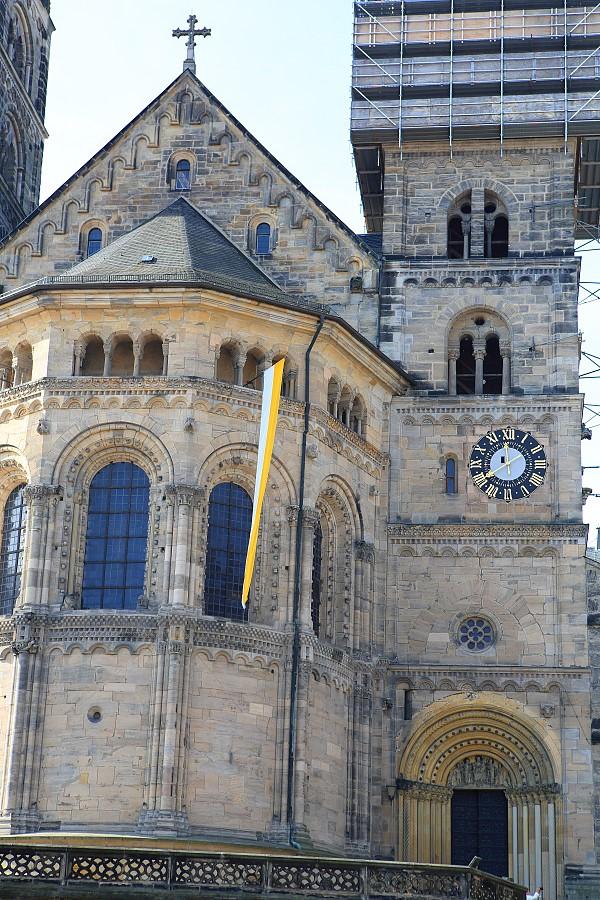 德國_班堡_教宗陵墓大教堂:_5D39581_b.jpg