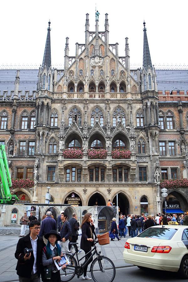 德國_慕尼黑_市政廳:_5D30375_b.jpg