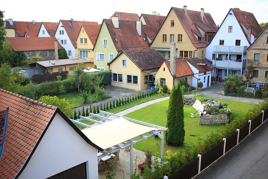 德國_羅登堡_沿城牆眺望:_5D39425_b.jpg