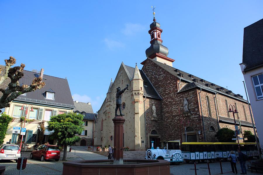 德國_萊茵河上的珍珠_蘆荻哈姆小鎮:55D32123_b.jpg