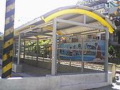 基隆市-仁愛區三坑車站:站外走廊往廟口3.jpg