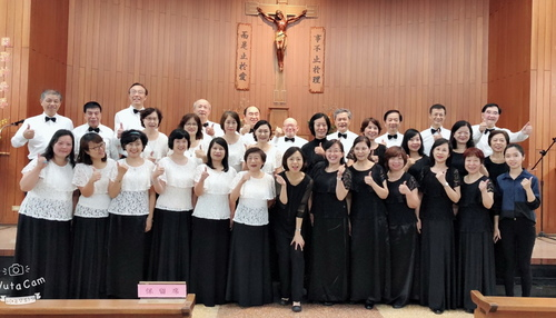 181013_0022.jpg - 參加玫瑰聖母堂「玫瑰禮讚音樂會」