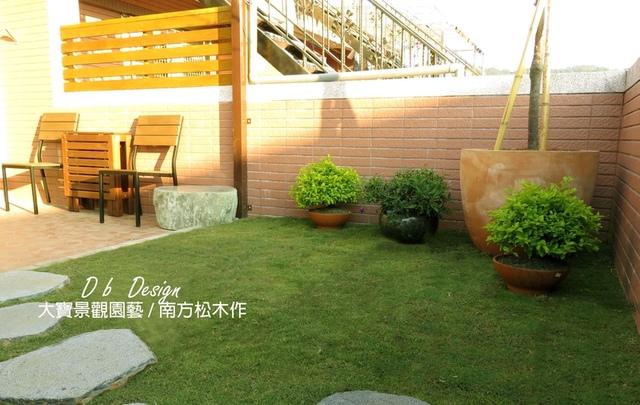 IMG_5470 (2).JPG - [ 透天頂樓篇4 ]-頂樓鋪設草皮.南方松格柵.洗手台