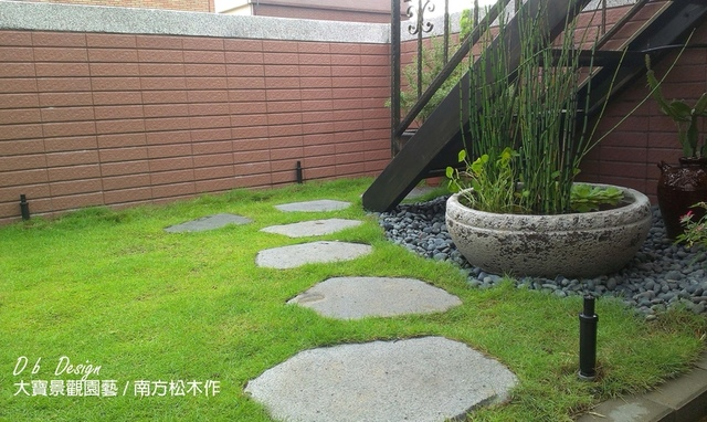 IMAG5101.jpg - [ 透天頂樓篇4 ]-頂樓鋪設草皮.南方松格柵.洗手台
