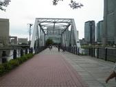 2013.6.28-7.3東京早去超早回趴趴走:請注意,右手邊枕木鐵道~日文:汽車道