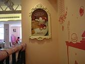 台北市.大安區.Hello Kitty Kitchen:[linda3243]  內部擺設04.JPG