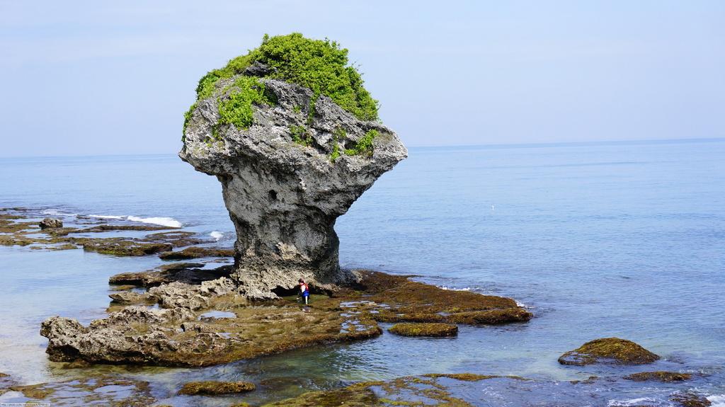 屏東縣.琉球鄉.小琉球:[autopack] 花瓶岩