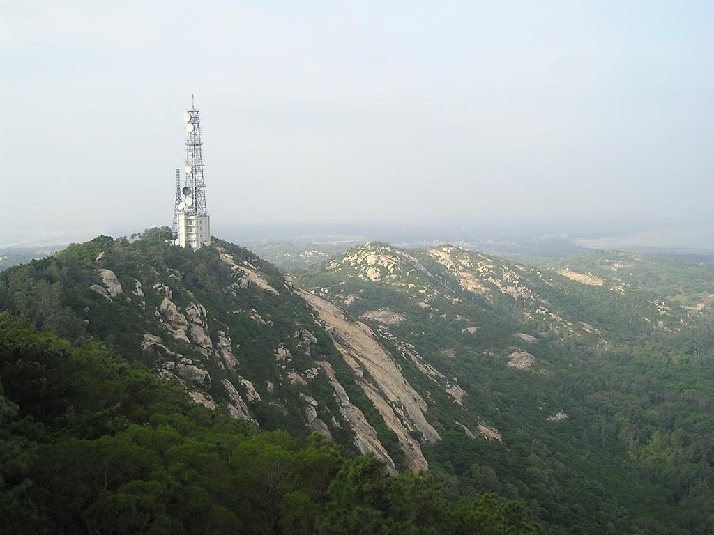 (這是一本待審核的相簿):[mykm520] 您知道太武山上這座鐵塔是做什麼用的嗎.JPG