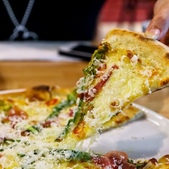 Quattro Pizzeria 義式批薩專賣店