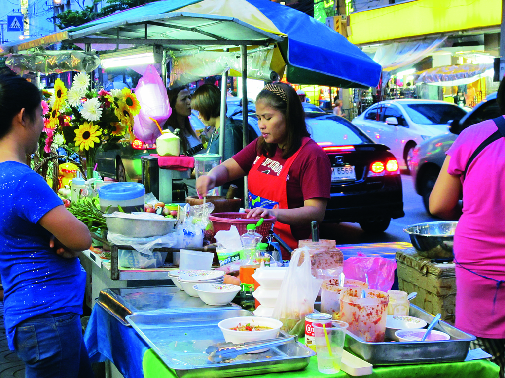 曼谷.帕蓬夜市Patpong Night Market:[mok25007008] IMG_2675.jpg