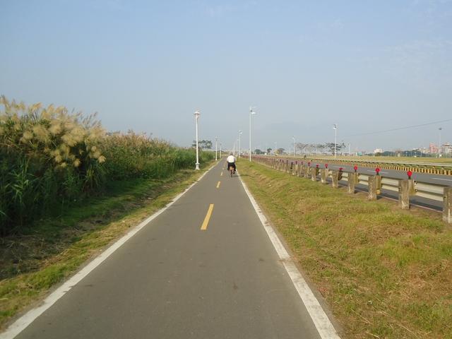 新北市.三重區.二重環狀自行車道:[liwen2010] 二重環狀自行車道