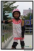 媽咪開會~我們滑冰去~:20100905_022.jpg