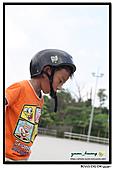 媽咪開會~我們滑冰去~:20100905_023.jpg