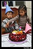 """柏柏生日(2007):<a href=""""./show.php?i=yuan7c1253&b=2&f=1257061872&p=33"""">IMG_0391</a>"""